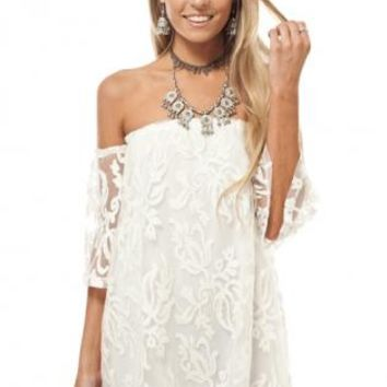 White off shoulder lace dress