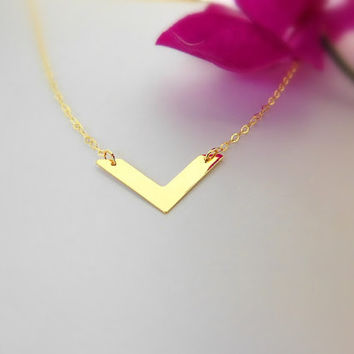 Gold Chevron Necklace - Plain Chevron - Oval Chain - Gold Necklace - Minimalist - Chevron - Layer Necklace