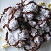 Chocolate Crinkle Cookies 1 Dozen - Qs GOODIES