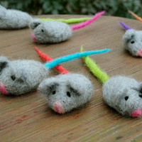 Little felted mice with colored tail - set of five toys for cat