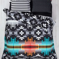 SWENYO: Unique Bedding for Young Adults