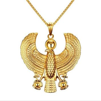 Gold Plate Egyptian Flying Horus Bird Necklace Pendants Men Falcon Holding Ankh Pendant Fashion Hip Hop Necklace Costume Jewelry