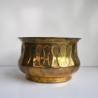 Vintage Brass Planter Round Brass Planter with Raised Detail Brass Pot Brass Dish Home Decor