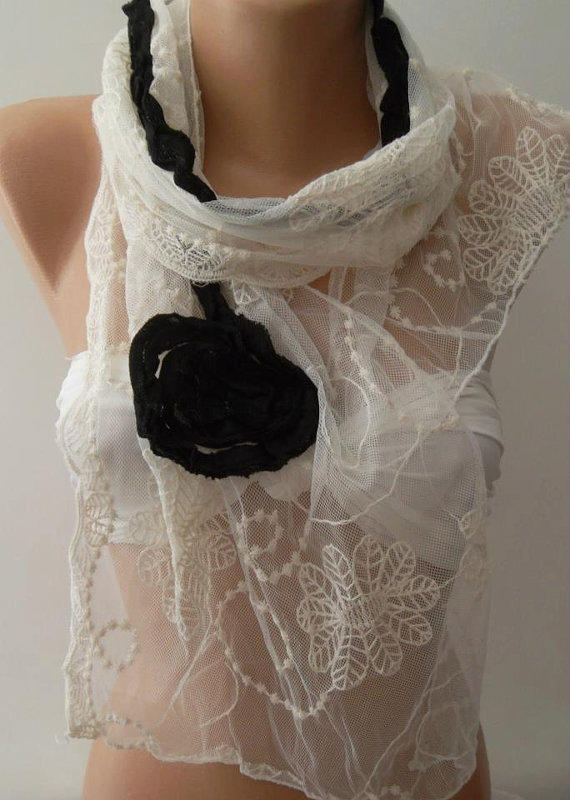 Elegance Shawl // Scarf  With Black Roses and Lace Edge
