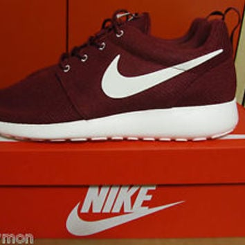 Nike ROSHE RUN Rosherun Burgundy Team Red Sail Maroon Yeezy 511881 610 8 13