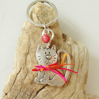 Smiling cat keychain, alloy and waxed cords cat key ring, folk art key ring