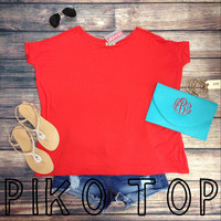 SHORT SLEEVE PIKO IN TOMATO – LaRue Chic Boutique