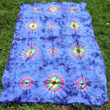 Blue, periwinkle tye dye sarong, tye dye beach wrap, beach cover up, hippie beachwear, gypsie beach cover up, beach blanket, tye dye scarf