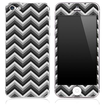 Black and Gray Chevron Pattern Skin for the iPhone 3, 4/4s or 5