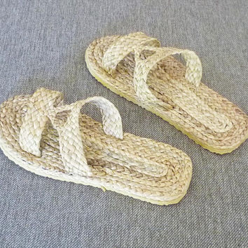 Straw slippers Water hyacinth sandals ,off white shoes ,House slippers ,unisex slippers ,cute sandals 552