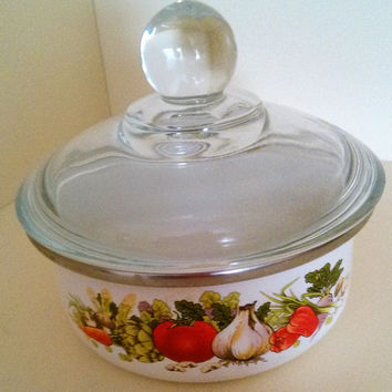 Small Vintage Enamel Bowl With Lid Vintage White Enameled Bowl Vegetable Design Mid Century Enamelware Vintage Covered Dish