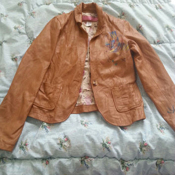 Vent Couvert Tan Leather Jacket With Painted Bird Accent (Small/Indie Brands)
