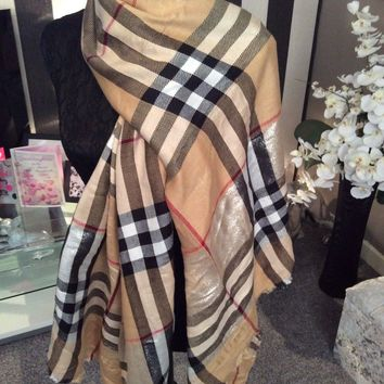 Genuine Bnwt Burberry Ladies Scarf Shawl Classic Nova Check Long Stunning
