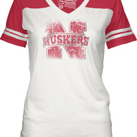 Nebraska Cornhuskers T-Shirt - White/Red Huskers Shotgun Short Sleeve V-Neck