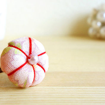 Blooming Sakura Ring with Japanese cherry blossom cotton, adjustable antique gold ring, pale pink and white and beads.