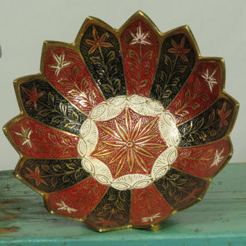 Brass Hand Painted Enamel Bowl Made In India Scalloped Zigzag Lotus Edge Vintage Black Red White