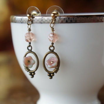 Everyday Flower Earrings. Pink Flower Earrings. Romantic Jewelry