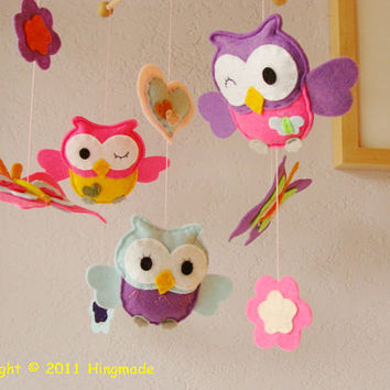 Nursery mobileBaby Crib Mobile Owl family play with by hingmade