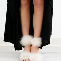 Model Size 8.5 Fur Real Furry Pom Party Heels