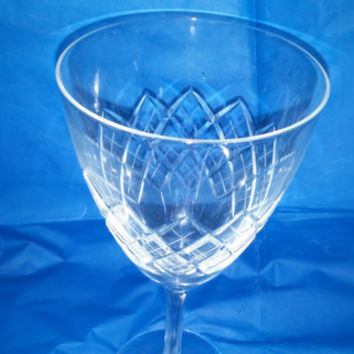 A Set of Six Brilliant and Lovely Vintage Large Cocktail / Wine Glasses With a Diamond Pattern Desgin
