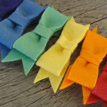 Rainbow Felt Bow Clips Alligator Hair Clips Set of by OddEDesigns