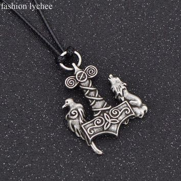 ONETOW fashion lychee Norse Symbols Viking Odin Raven Hammer Mjolnir Wolf Crow Pendant Necklace Rope Chain Amulet Men Jewelry