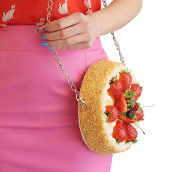Strawberry Cake Clutch Bag Purse Pie Cake Pink Sweet Cream Accessoires Jewelry Fun Food