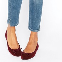 New Look Velvet Ballet Pump