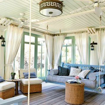 Pastel sunroom porch from digsdigs.com