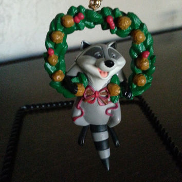 Meeko from Pocahontas Walt Disney movie Christmas tree ornament Grolier first issue collectible holiday figurine Xmas tree party decorations
