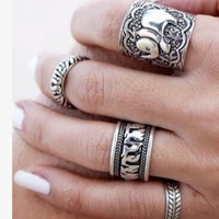 4pcs Vintage Punk Unique Carved Antique Silver Elephant Totem Leaf Lucky Ring Set