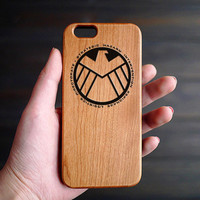 Agents of SHIELD Cherry Wood One Piece iPhone 6 6s Case , Personalized iPhone 6s 6 Case Wood , Engraved Wood iPhone 6s 6 Wood Case , Gift