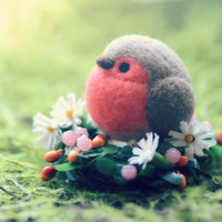 Robin bird doll table top ornament, needle felted robin bird on flower bed, mini spring flower garden, bird on flower, gift under 20