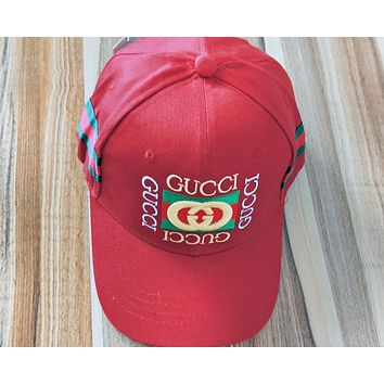 GUCCI New fashion stripe embroidery letter couple cap hat Red