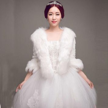 DCK9M2 Long Sleeves Warm Fur Wedding Jackets 2017 Faux Fur White Wedding Boleros Warm Winter Evening Dresses Boleros Wedding Wraps