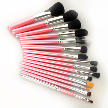 Makeup Brush Set!We have anything that you want! = 4443393156