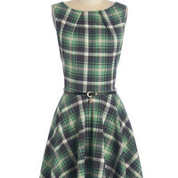 Closet 90s Mid-length Sleeveless Fit & Flare Luck Be a Lady Dress in Green Plaid