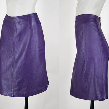 SALE Vintage 80s Skirt / 1980s Soft Purple Leather Pencil Skirt S M