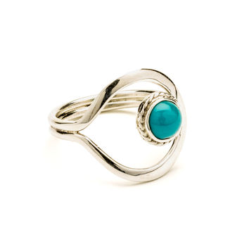 Turquoise and Sterling Silver Ring - Size 7