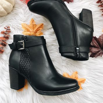 KELLY BOOTIES- BLK