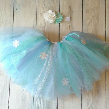 Frozen tutu//Frozen Dress//Frozen Party//Frozen Elsa dress//Queen Elsa tutu//Disney Frozen birthday//Elsa costume//Disney frozen clothing