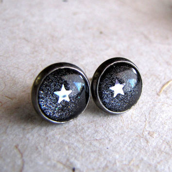 Gunmetal Glitter Earrings  Post Earrings  Star by AshleySpatula