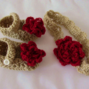 Crochet  baby shoes and headband set beige red newborn clothes first outfit girl photo prop infant booties and headband white pink flower
