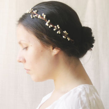 Rustic wedding hair accessories, Bridal headpiece, Woodland wreath, Ivory flower crown - MORI