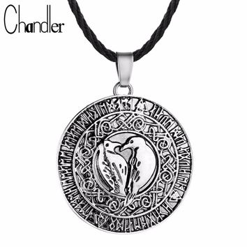 Chandler Round Old Norse Vikings Pendant Necklace Valknut Raven Rune Charm Loving Bird Amulet Necklace Nordic Talisman Jewelry