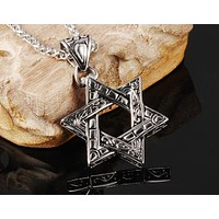 Stainless Steel Paisley Detailed Six-Point Star Pendant Necklace