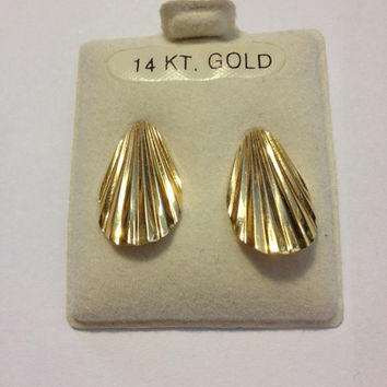 14K Gold Earrings New 14KT Drop Dangle Scalloped Clam Shells Vintage Jewelry NIB Birthday Holiday Mother's Anniversary Gift Bridal Prom