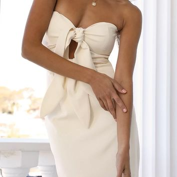 Close By White Strapless Sweetheart Neck Bow Cut Out Front Slit Midi Dress