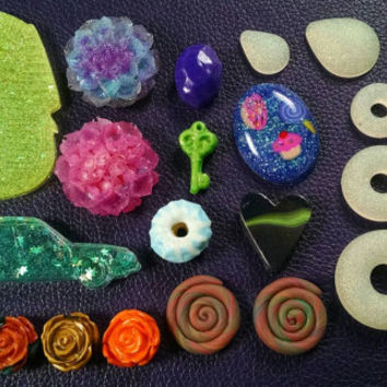 25 Cabochons for Crafting Scrapbook & Jewelry Heart Faceted Stone Egyptian Hearse Donut Roses Shapes Kawaii Deco Decoration Craft Supplies