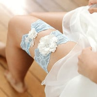 Flower garter set, lace wedding garter, bridal stretchy garter, someething blue garter set - style #536